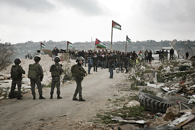 Bawwabet Al Quds (Gateway to Jerusalem) was set up in early February to protest Israel's construction plans for the E1 area. It brings together Palestinian activists from the popular resistance committee, Jahalin Bedouins and inhabitants of Abu Dis. Abu Dis, West Bank. 16 February 2015