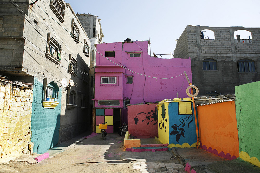 Al Shati refugee camp is given a make-over by Palestinian artists and inhabitants. The month-long project is sponsored by the Palestinian share-holding company PADICO. Al Shati, Gaza