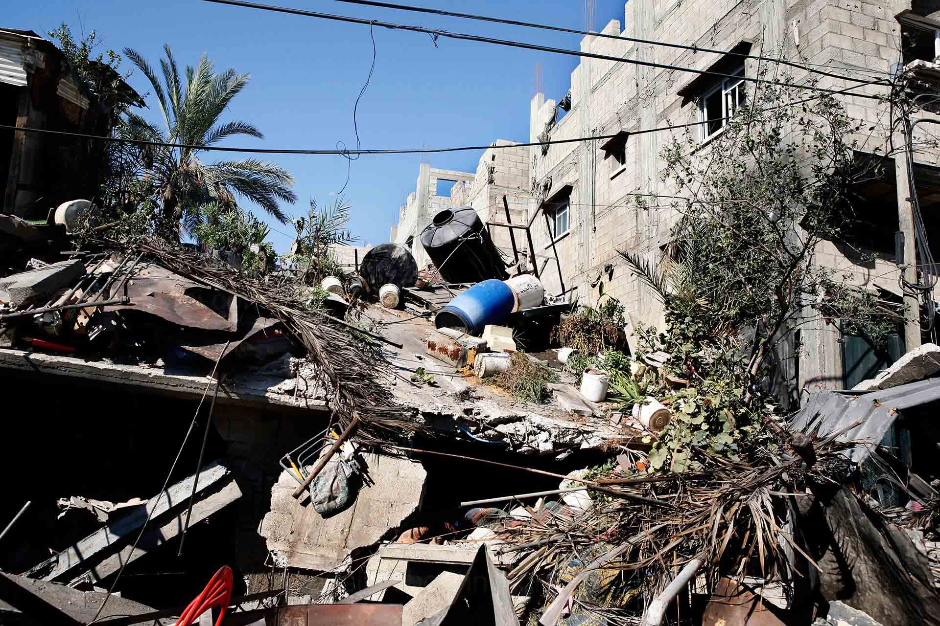 On July 23, ICRC entered the bombed out neighbourhood of Shujayea to evacuate the injured and besieged. Gaza July 2014