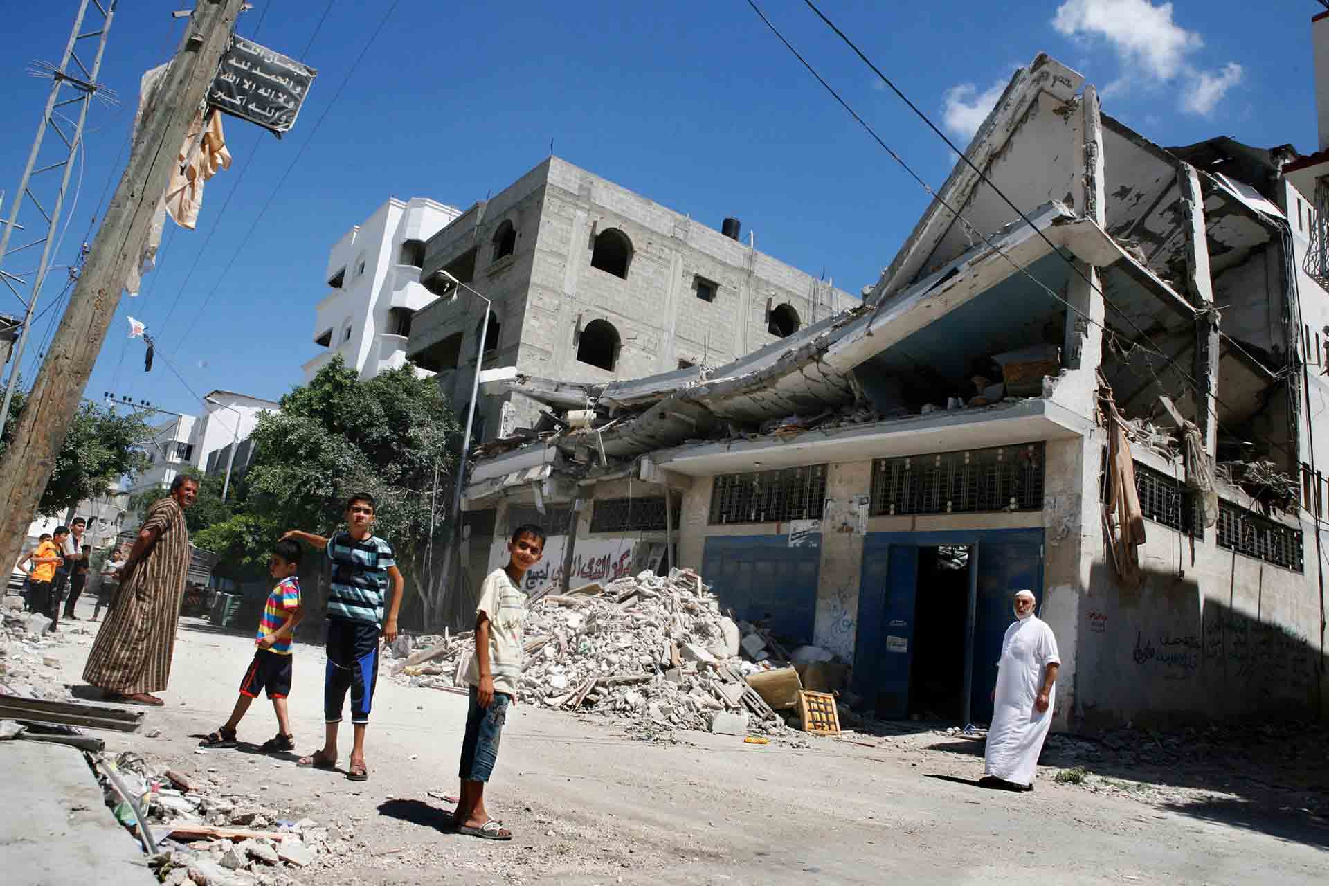 A bombed building in Shujayea. Gaza, July 2014