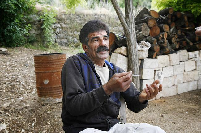 Khaled Daraghmeh in Khan al Lubban